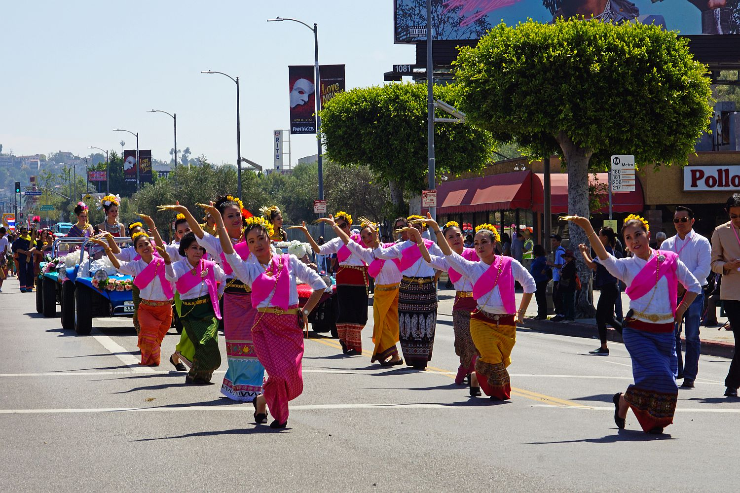 2018 Songkran Thai New Year Festival Parade in Los Angeles